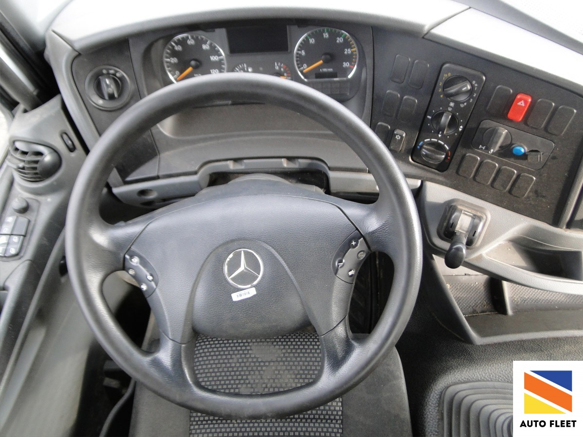 Mercedes Benz Actros 1824 бункеровоз