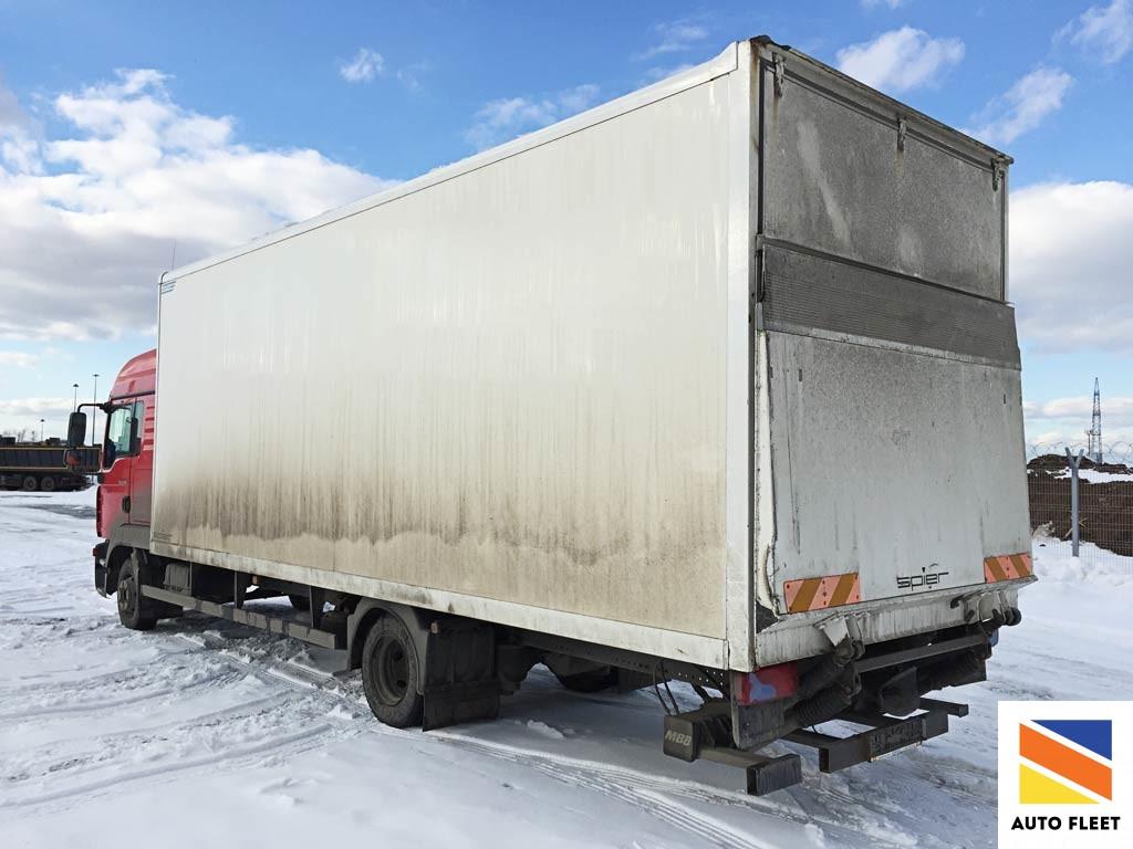 Man TGL 12.180 4х2 BB фургон