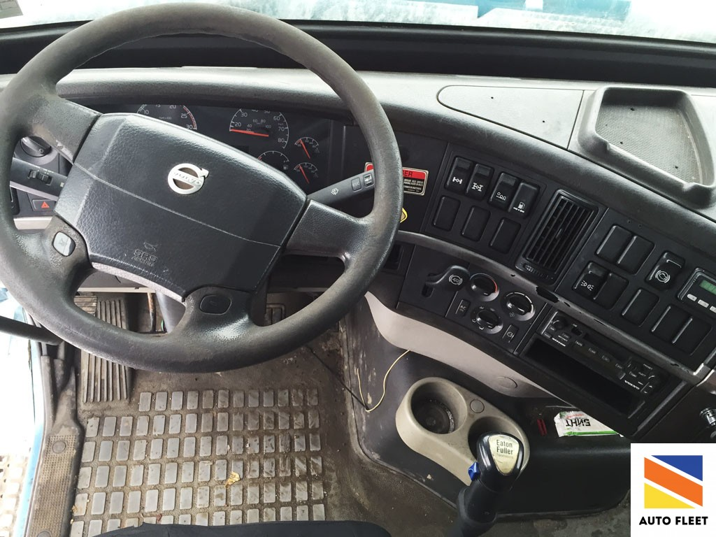 Volvo VHD 8х4 самосвал