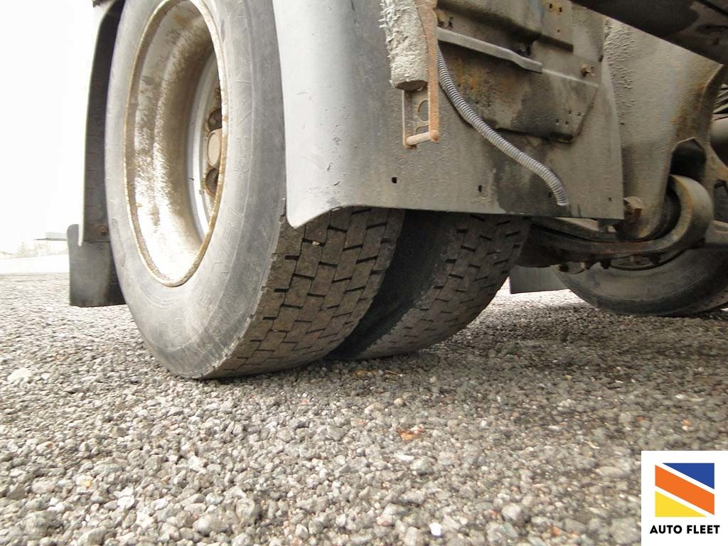 Scania P340 LA4 X2HLB Tягач