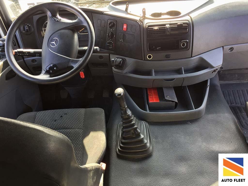 Mercedes Axor 1835 LS седельный тягач (Мерседес-Бенц Аксор 1835)