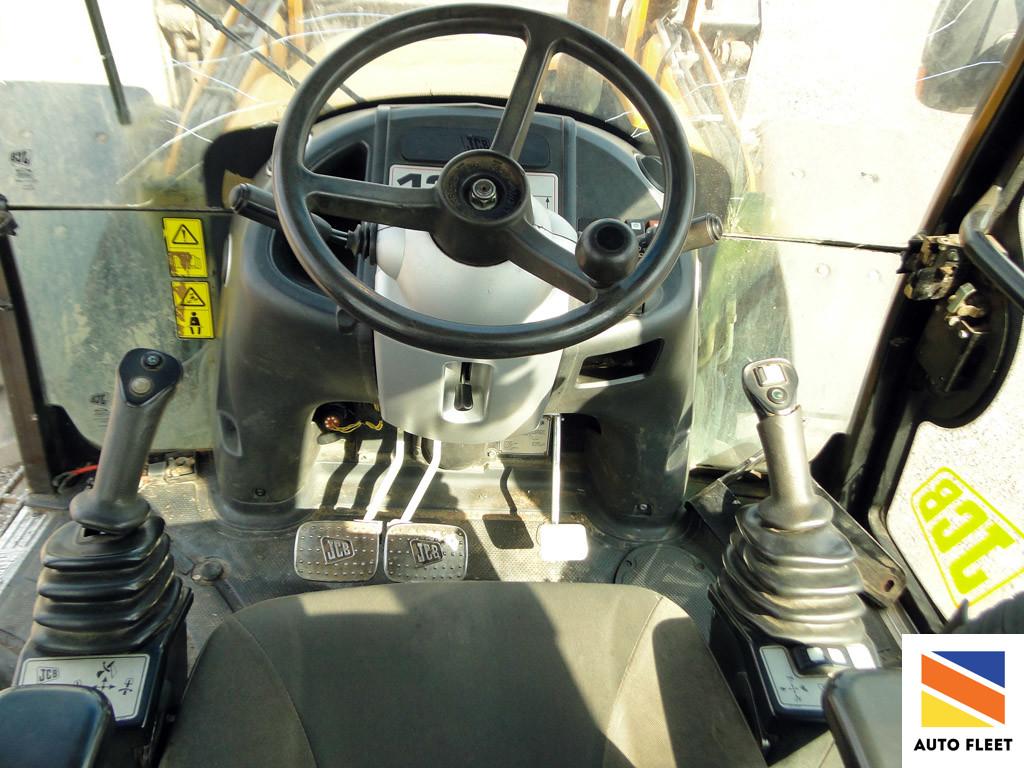 JCB-4CX ECO SUPER 4WD