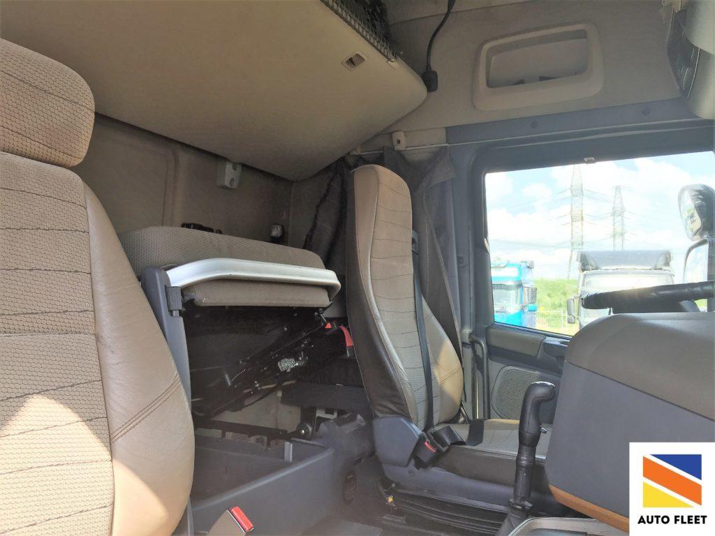 Scania R420 HIGHLINE тягач