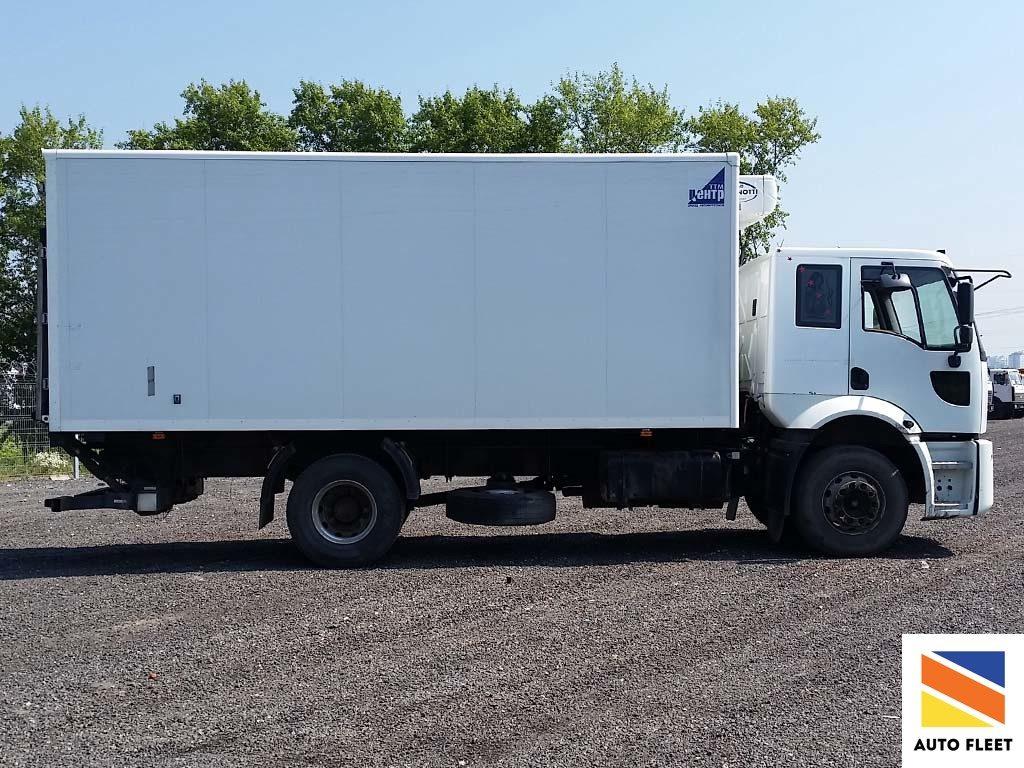 Ford Cargo 1824 изотермический фургон