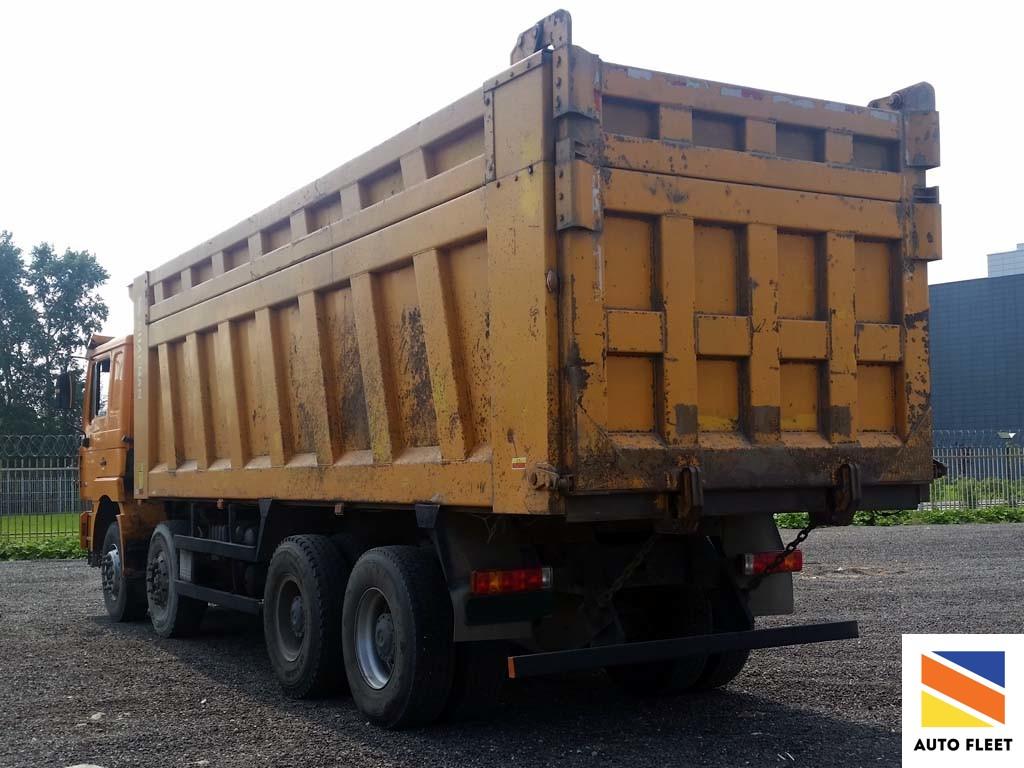 Shaсman SX3316DT366 грузовой самосвал 8x4