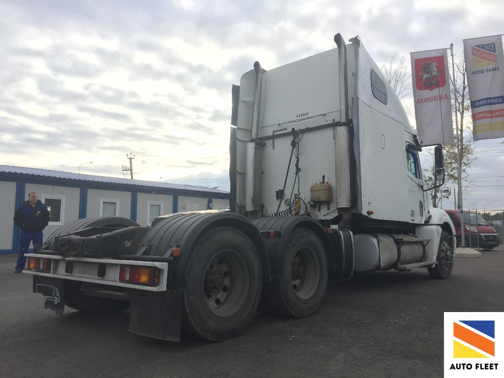 Freightliner Columbia CL1200 64ST