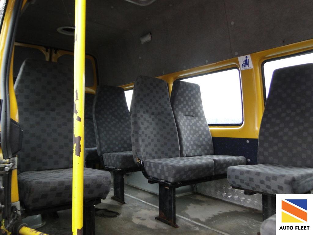 автобус класса в 222702 фото