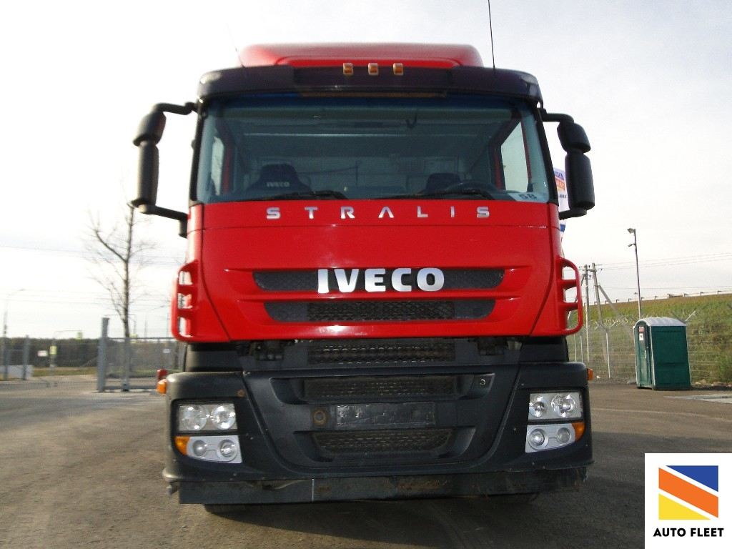Iveco Stralis AT440 S35T truck