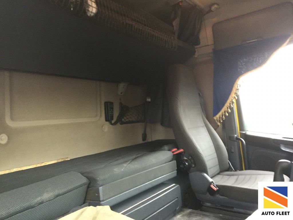 Scania G400 LA 4x2 HNA тягач