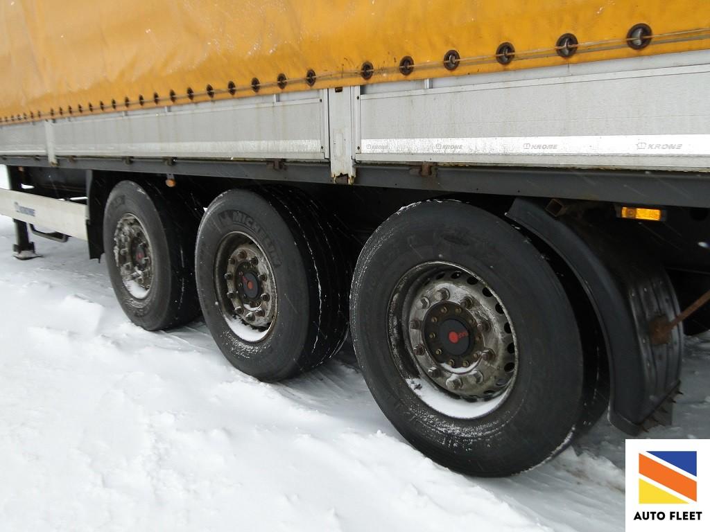 Krone SDP27 semitrailer
