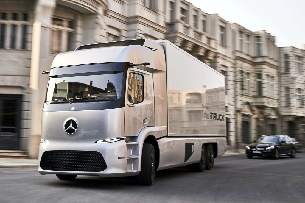 Mercedes-Benz Urban eTruck : старт продаж