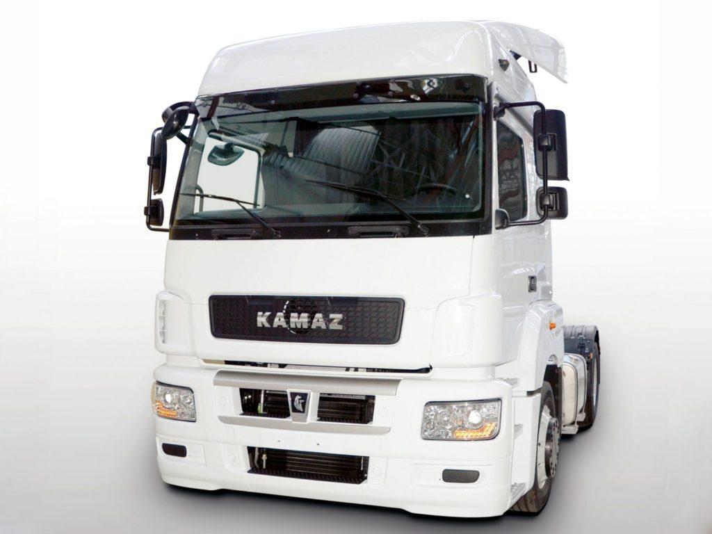 КАМАЗ-5490 NEO седельный тягач запущен в производство в апреле 2017 года.