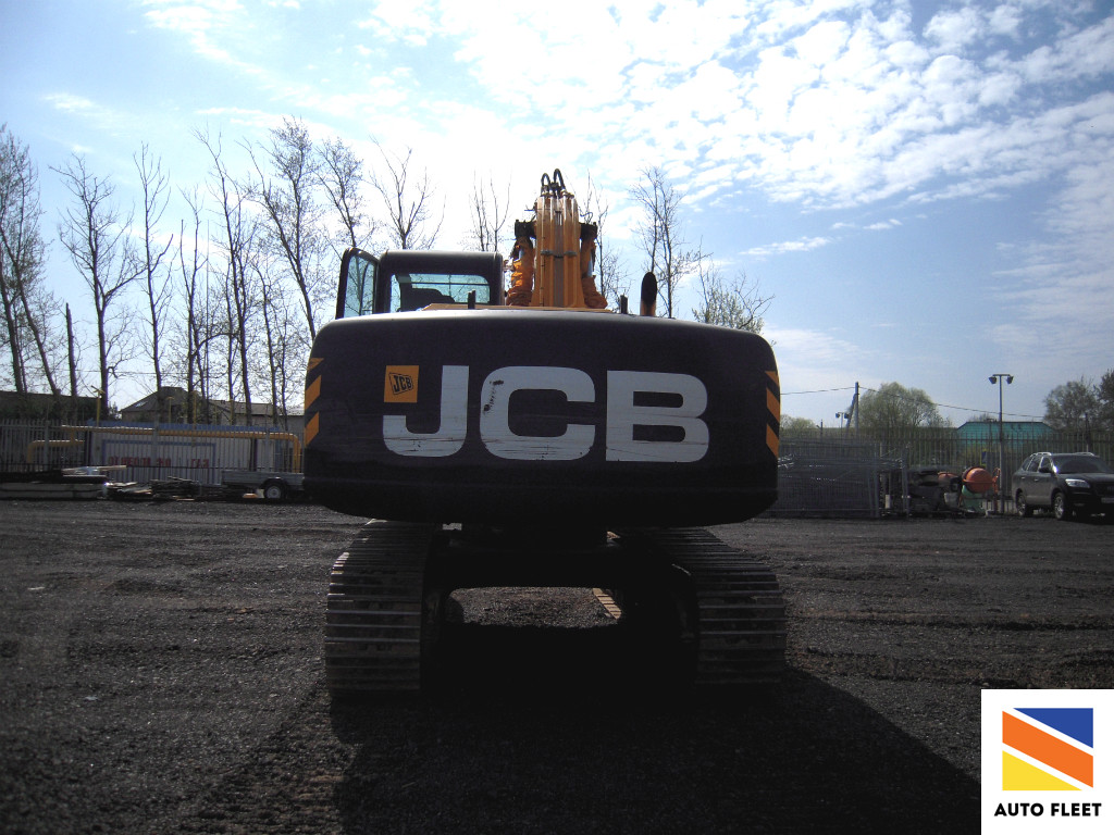 JCB JS